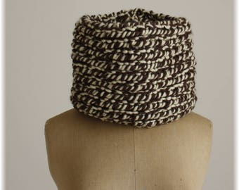 Two-tone Brown-cream Snood knitting