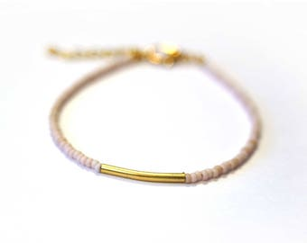 Light pink and gold seed beads bracelet