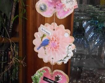 Scrapbooking flower style pendant