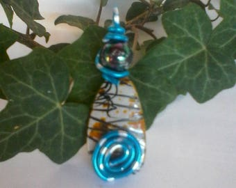 aluminum wire and synthetic stone pendant, Pearl