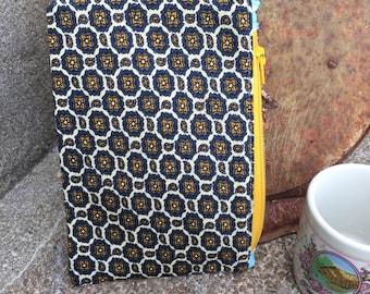 Funky Geometric WOOL Small Vintage Tie Zipper Pouch