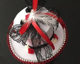 Hat color red/black and white for wedding centerpiece