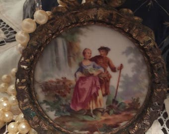 Vintage French Victorian framed cameo