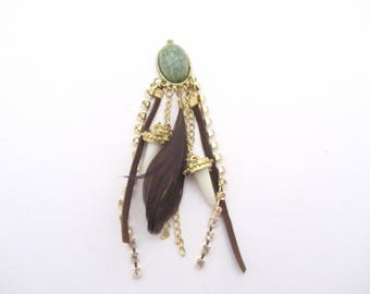 Ethnic pendant with feather