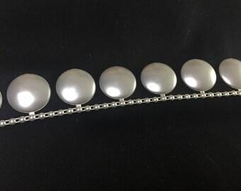 Ribbon flat beads