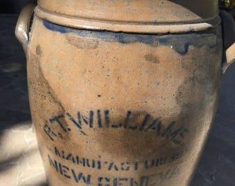 Antique Crock, Salt Glaze 3 Gallon