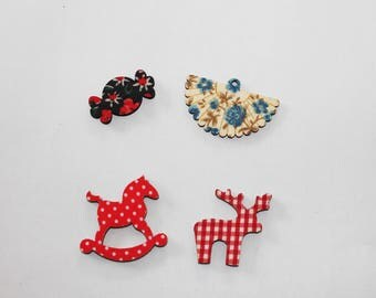 Set of 4 wooden for your decorations