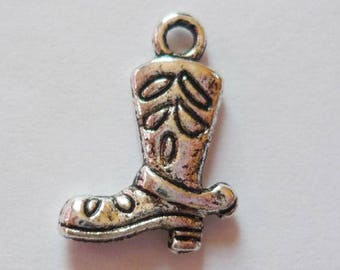 10 x silver cowboy boots - colored metal charms