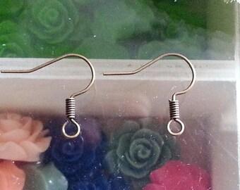 2 hooks earring Brass Earring Hooks, Nickle free, antique bronze, 17mm, hole: 1.5 mm. PIN: 0.7 mm
