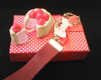 Strawberry cake keychain