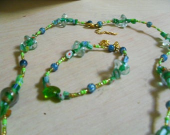 set (necklace and bracelet), colorful, original (green and gold)