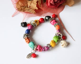 Bracelet made of multicolored, coral and plated silver