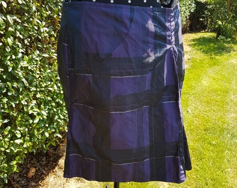 Ladies skirt Gr. 44/46 purple communications