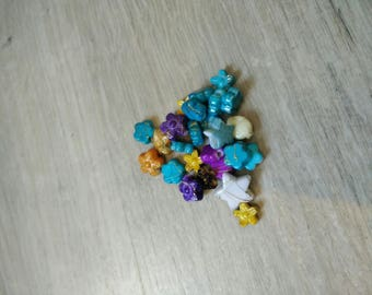 Marbled multicolored flowers and stars beads