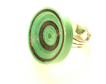 Green recycled cardboard ring