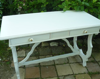 Desk relooked with off-white weathered wood, 2 drawers