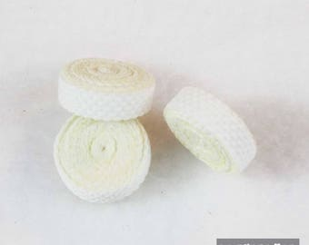 2 applied white fabrics cabochon 20 mm in diameter for textile customization, scrapbooking
