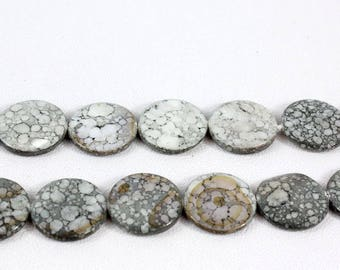 Set of 5 20 mm marble effect grey round shell beads