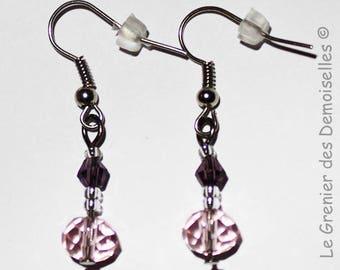 Pair of purple Crystal dangling earrings