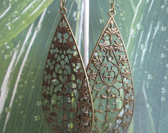earring long drop print bronze and Pearl turquoise
