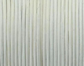 Cord of round leather 1st quality - Made in EU - 1 mm - white - 50cm