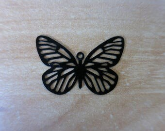 Black 29 mm Butterfly charm