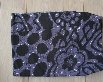 Purple, black and white - 150x75cm DESTASH fabric