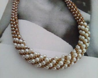 SUPREME seed Bead Necklace