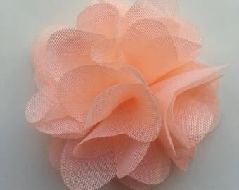 petite fleur en tissu peche  4cm