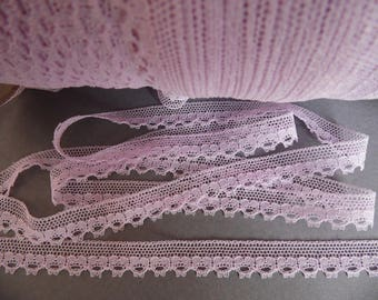 Small pale lace of Calais lilac / Lavender coupon 5 meters
