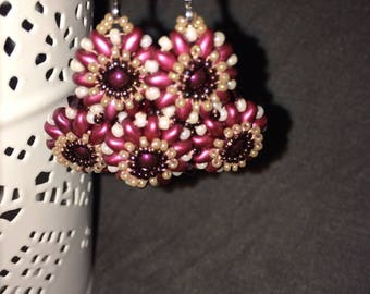 Triflora Burgundy and old Rose earrings