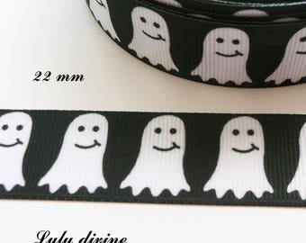 Ghost white pac man 22 mm black grosgrain Ribbon sold by 50 cm
