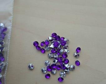 Purple cone rhinestones 3.5 mm
