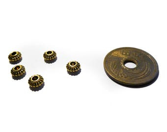 set 5 gold tone spacer beads