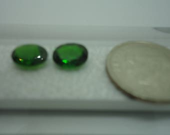 Set of 2 Chrome Diopside Loose Gemstones