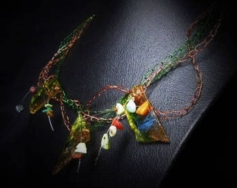 """Ohlesfees """"Happy"""" green and copper necklace"""