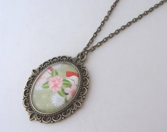 Necklace cabochon style Japanese green and pink