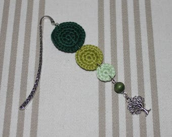 Bookmark crochet cotton and silver tree charm