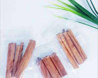 1 Bag Containing 3 Cinnamon Sticks.