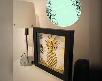 Gold 3D Pineapple Frame