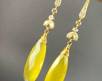 Yellow chalcedony earrings with elegant bee detail, luxury earrings, gift for her, gold plated findings, gemstone earrings, birthday gift