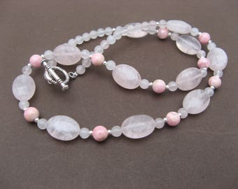 Necklace made of rhodochrosite and rose quartz - 541