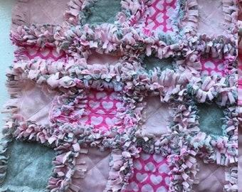 Baby Outfit Memory Blanket / rag quilt / handmade / custom order