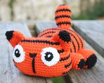 Tiger crochet blanket