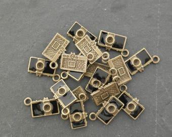 1 bronze camera charm and enamel