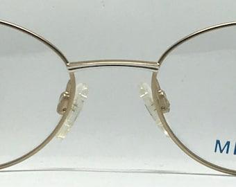 Metzler 1682 / Vintage Eyeglasses / Brand New / Unworn / Made In Hong Kong