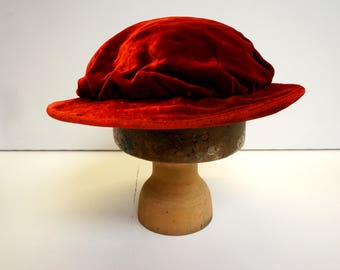 Mens Tudor Stiff-Brimmed Hat