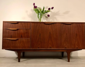 SOLD** Vintage Retro Mid Century Modern 1960s Mcintosh Danish Style Sideboard/Credenza
