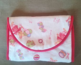 Pouch to store her barrettes and elastics