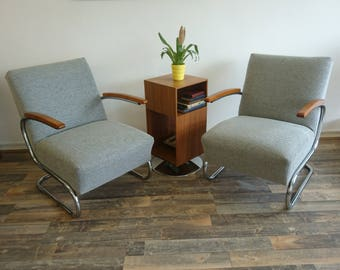 Pair of Thonet 1930's Mid-century Retro Canilevered Chrome chairs